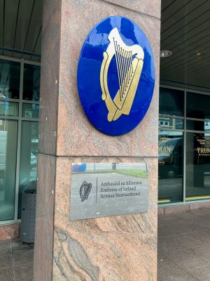 Coat of arms and plaque of the Embassy of Ireland. Photo: Heini Vilbiks